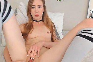 Sexy Petite Babe Masturbating Hard On Cam
